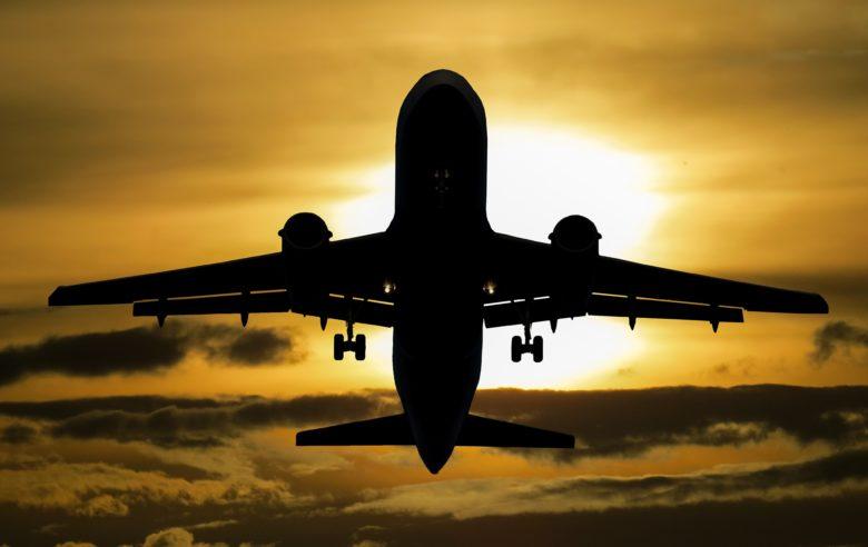 Avião em uma primeira viagem internacional