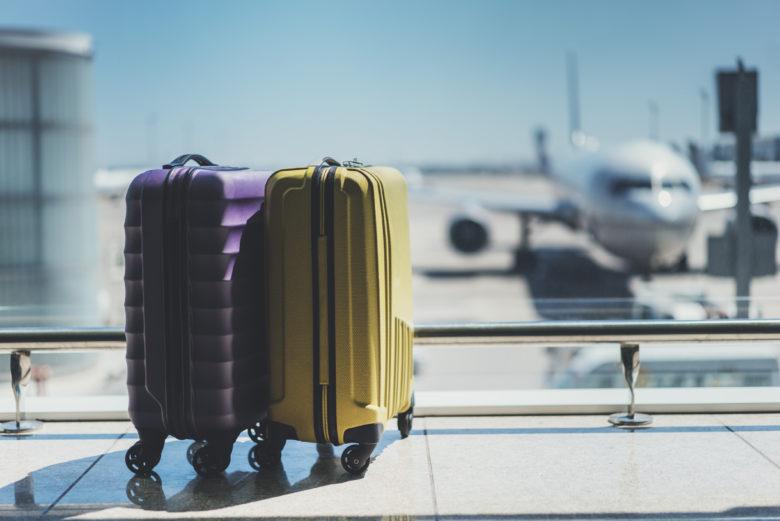 duas malas da franquia de bagagem
