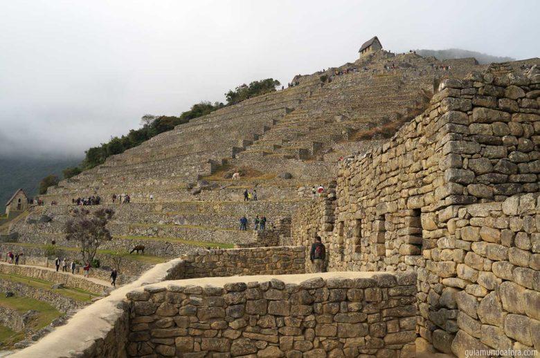 caminhos dentro de Machu Picchu