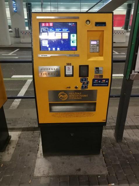 Máquina expendedora de tickets del bus.
