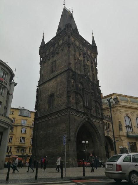 Torre de la Pólvora, en su día la entrada de la ciudad.
