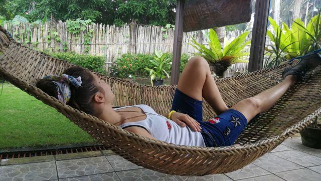 Cualquier lugar es bueno para dormir en Filipinas.