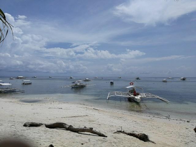 Alona Beach, Pnaglao.