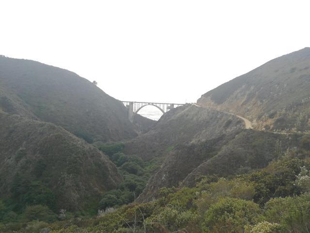 La serpenteante carretera os hará pasar por fantásticos paisajes.