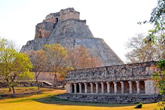 Uxmal-An-Authentic-Mayan-Experience-Near-Cancun