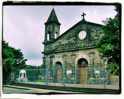 Iglesia de San Joaquín de Flores