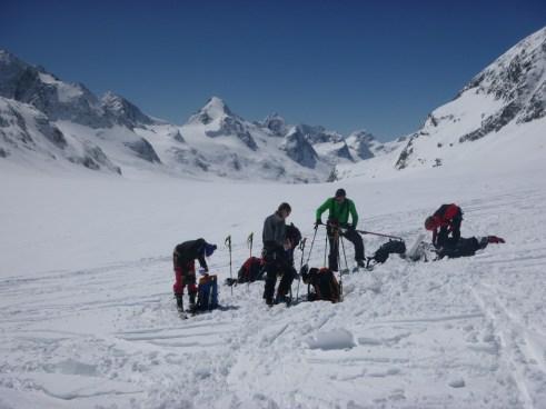 Glaciar de Ottemma y la Singla. Ahora toca remontar después de haber apurado el Pigne d'Arolla hasta el final.