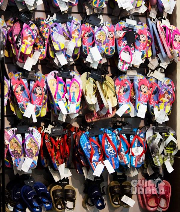 Chancletas en la tienda de calzado Calzado Colombia
