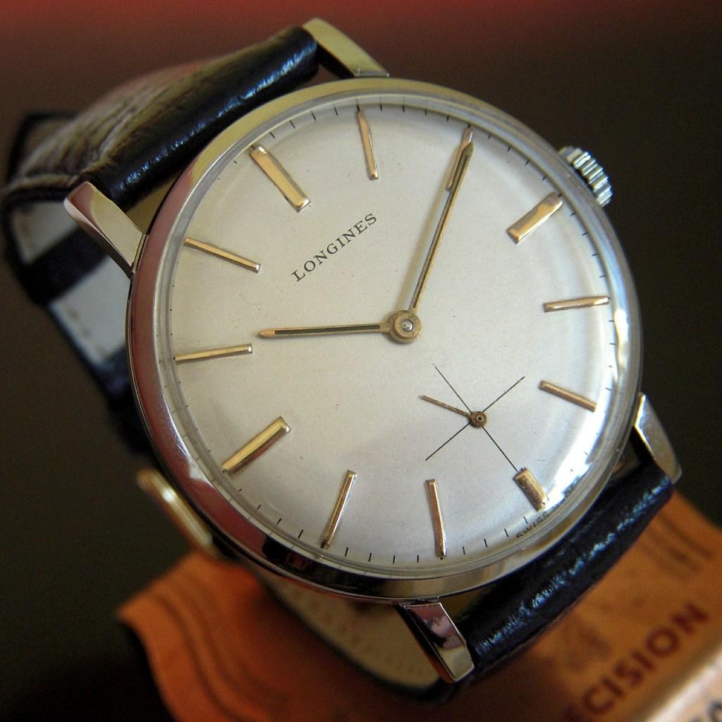 Un orologio Longines, del gruppo Swatch