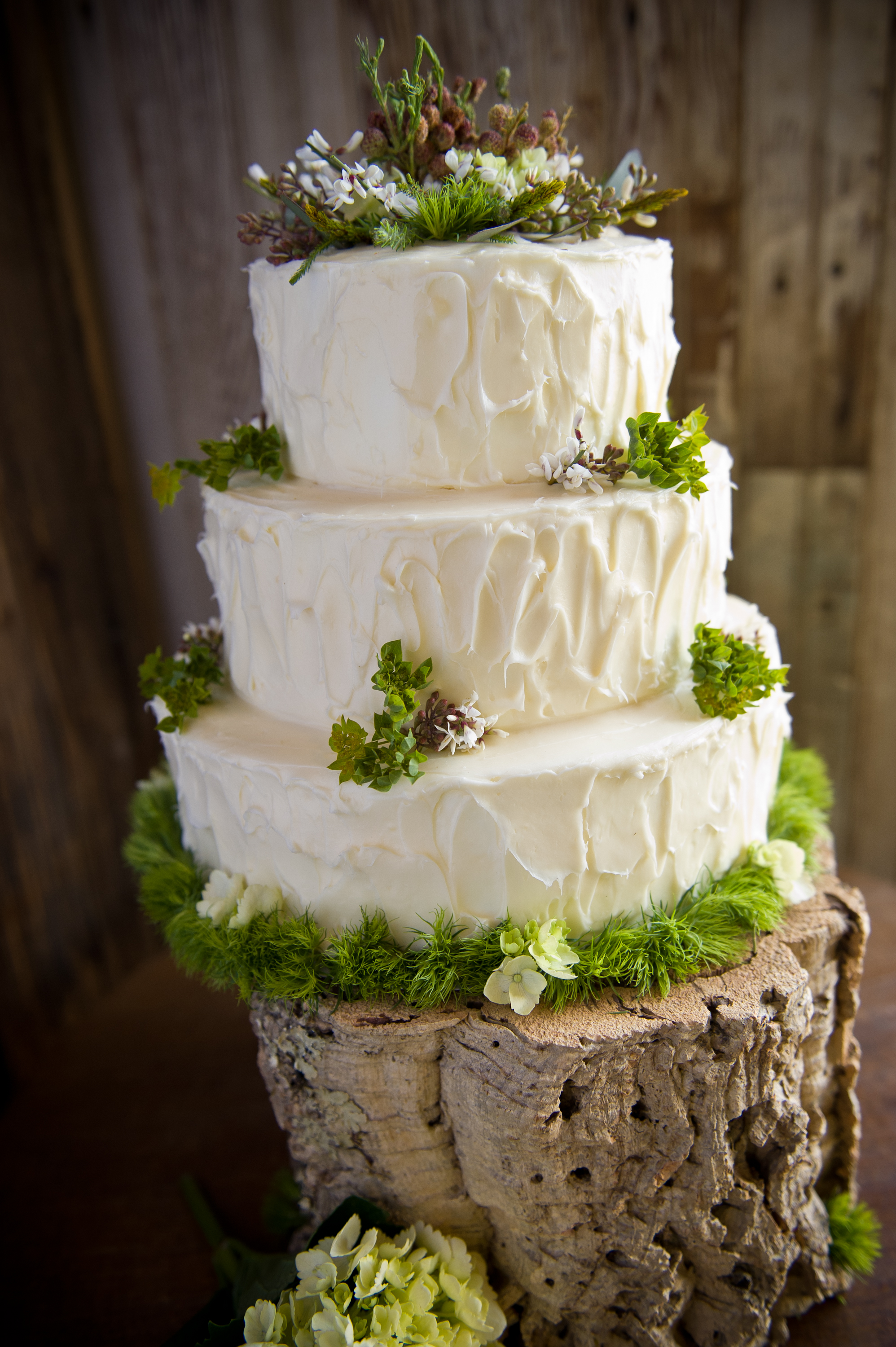 Rustic Wood Wedding Cake Ideas And Designs