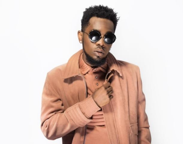 This image has an empty alt attribute; its file name is Patorankingfire.jpg