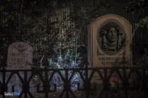 Haunted Mansion - Graveyard - Magic Kingdom Attraction