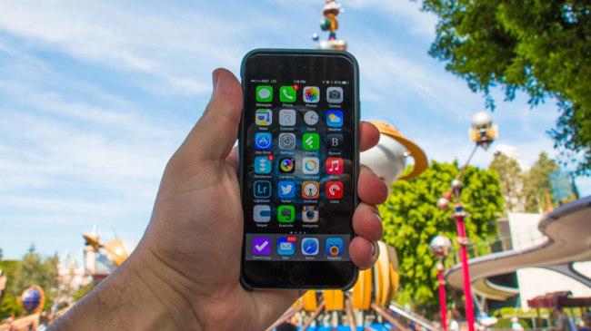 Disneyland - iPhone6 Guide2WDW