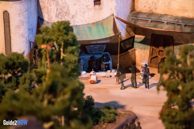 BB8 - Star Wars: Galaxy's Edge Model - Disneyland and Disney World