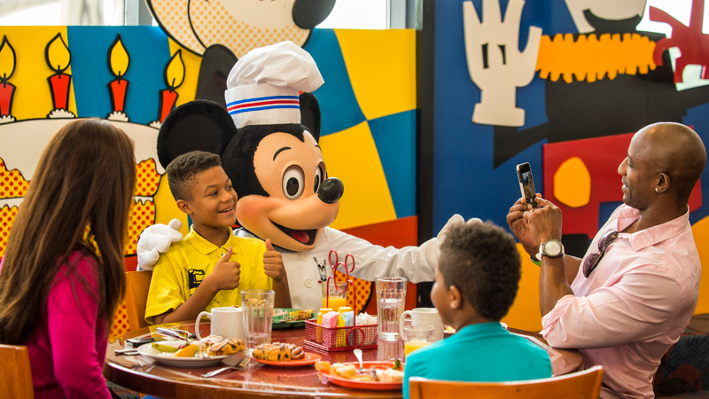 2018 Free Dining Offer for Walt Disney World Is Here!