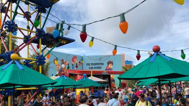 Woody's Lunch Box - Toy Story Land - Disney's Hollywood Studios - Walt Disney World