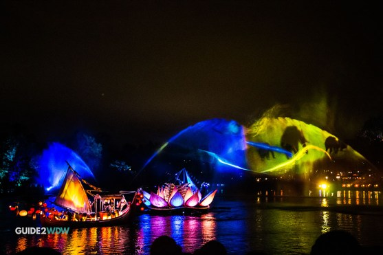 Projections - Rivers of Light - Animal Kingdom Show - Disney World Entertainment - Guide2WDW