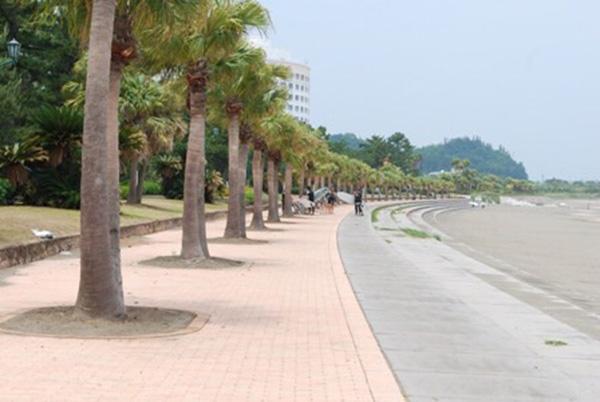 青島の浜辺