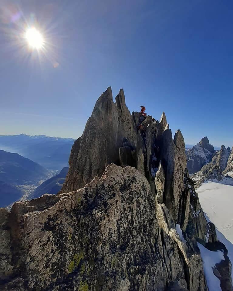 petites courses d'alpinisme mixtes Aiguilles d'Entreves