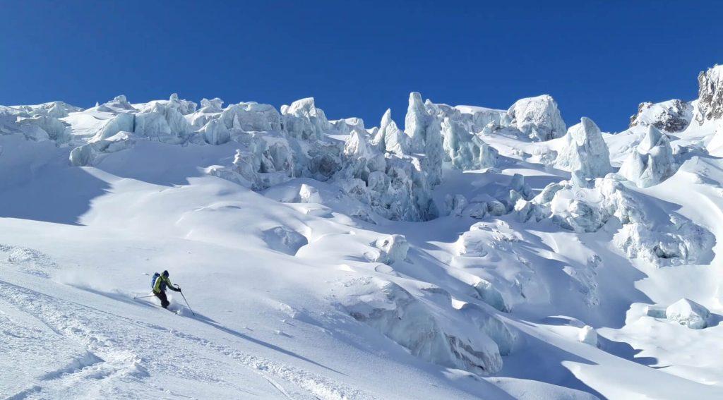 Vallee Blanche ski au milieu des seracs
