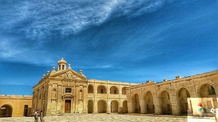 Cour intérieure de Fort Manoel
