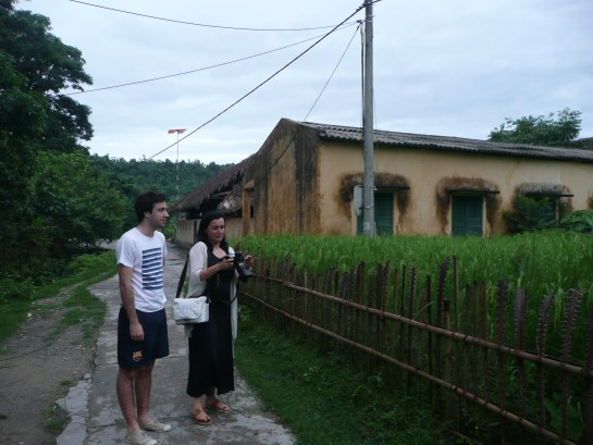 balade dans le village de Tha en fin d'apres- midi