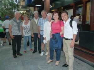 Groupe Mr Gigord - ses amis et Ngoc Tu