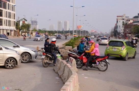 Le chaos de circulation est un point défavorable du Vietnam d'après les étrangers