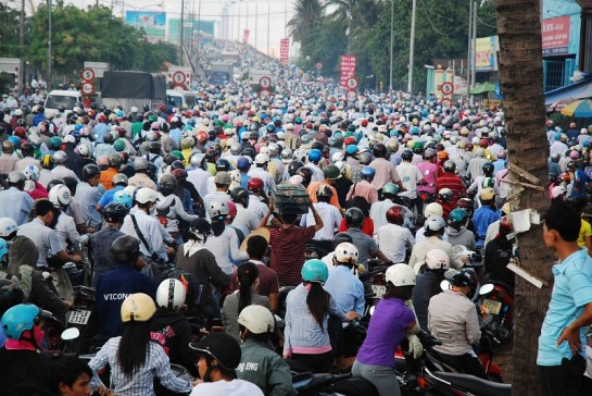 7 choses moins aimables voyage vietnam traffic moto.jpg