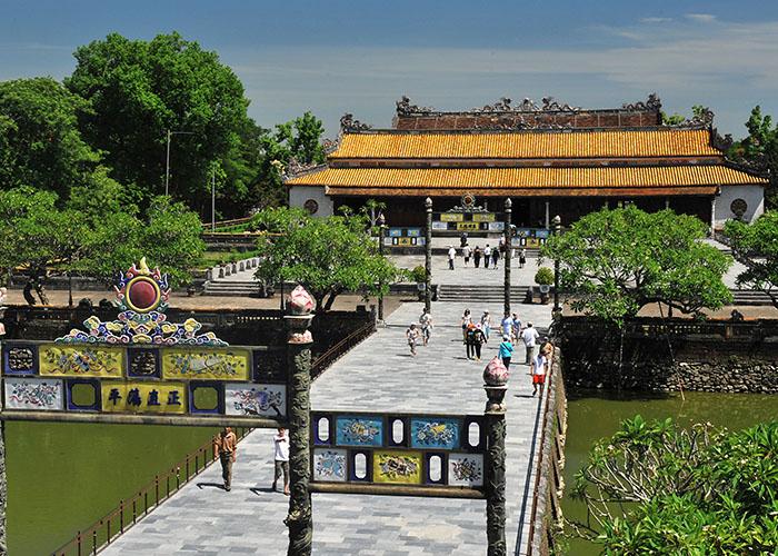 visiter vietnam cite imperiale de hue.jpg