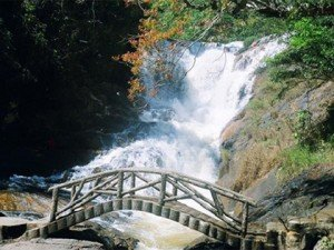Les chutes de Datanla et le lac Tuyen Lam