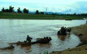 Le fleuve Dak Bla traverse la ville de Kon Tum