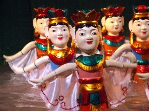 Le spectacle des marionnettes sur l'eau
