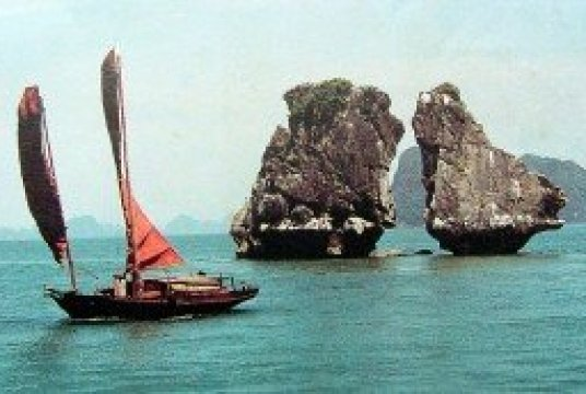 Croisiere autrement à la baie de Halong