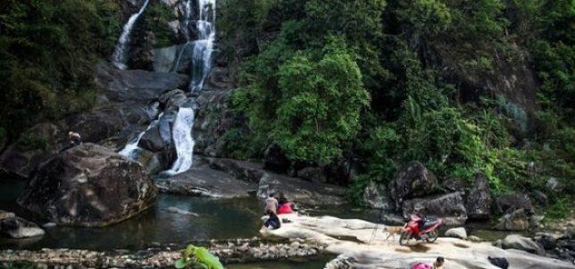 La cascade de Khe Van Quang Ninh