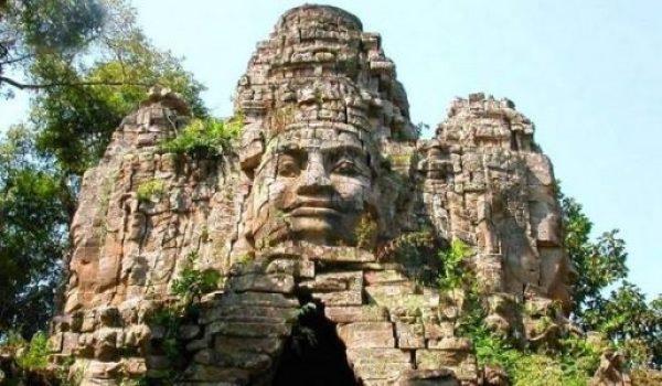 Visite Kampong Thom Cambodge