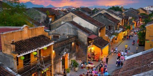 Guide francophone Hoi An Centre Vietnam