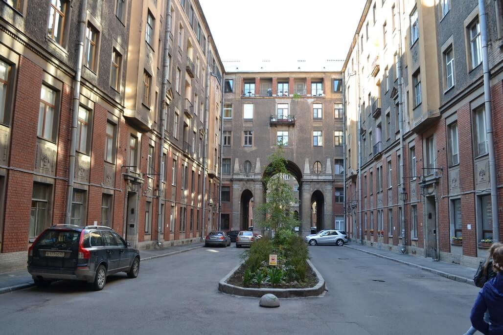 Walking around the courtyards