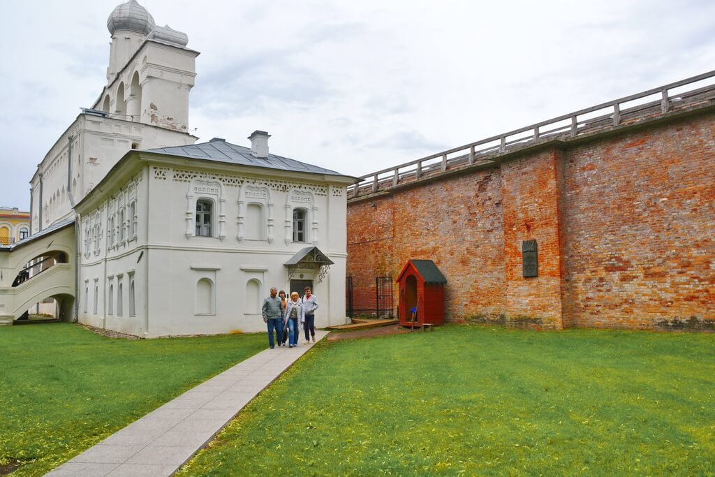 The entrance to the Kremlin`s rampart