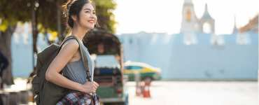 10 Essential Safety Tips for Girls Who Travel Solo