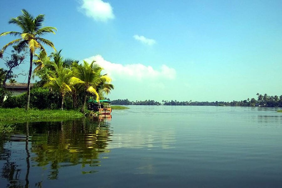 Alappuzha Backwaters - Kerala Backwater