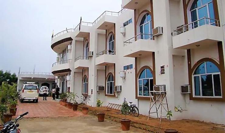 Siddhi Vinayak Resort
