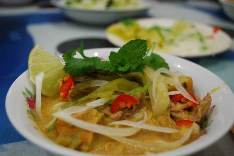 Khao Soi - Top 10 Eats in Southeast Asia