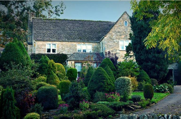 The Cotswolds - Top road trips for a UK car holiday