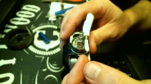 How To Rebuild The Dark Horse RDA Image13 wick inserted