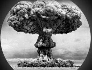 3-reasons-new-vapers-should-choose-Temperature-control-atom-bomb
