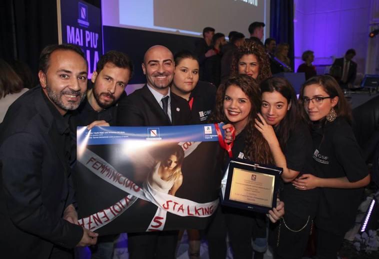 Foto di Claudia Nappi premiata in occasione dell'inaugurazione del Centro Antiviolenza di Napoli