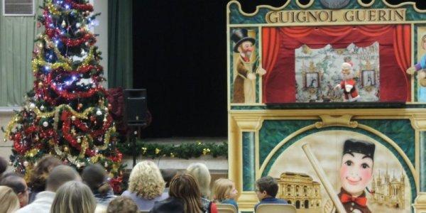 Arbre de Noël du Guignol Guérin (© Photo Photo J. D.).