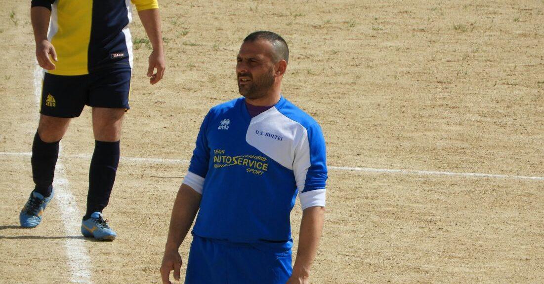 """Calcio 2a Categoria G. Il bomber Francesco Canu è ottimista: """"Il Bultei può sorpassare la capolista Benetutti""""."""
