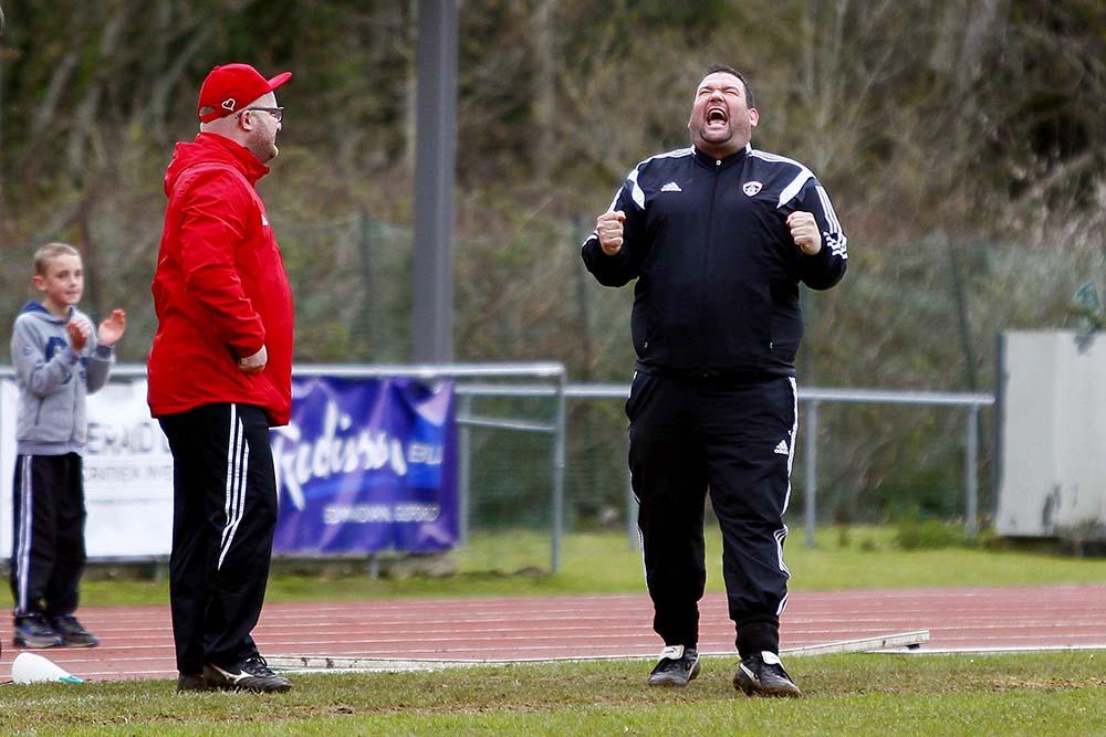 16/04/2016. Guildford City FC v Chessington & Hook United. Dean THOMAS